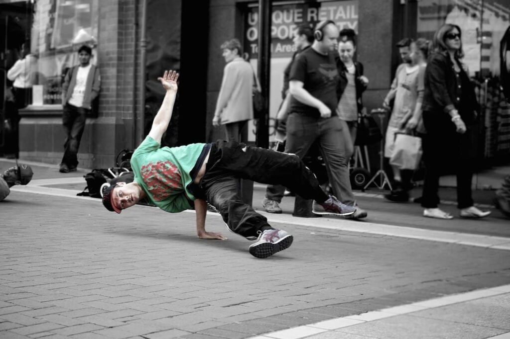 Breakdancing image
